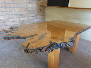 Everything you need to know about glass table tops
