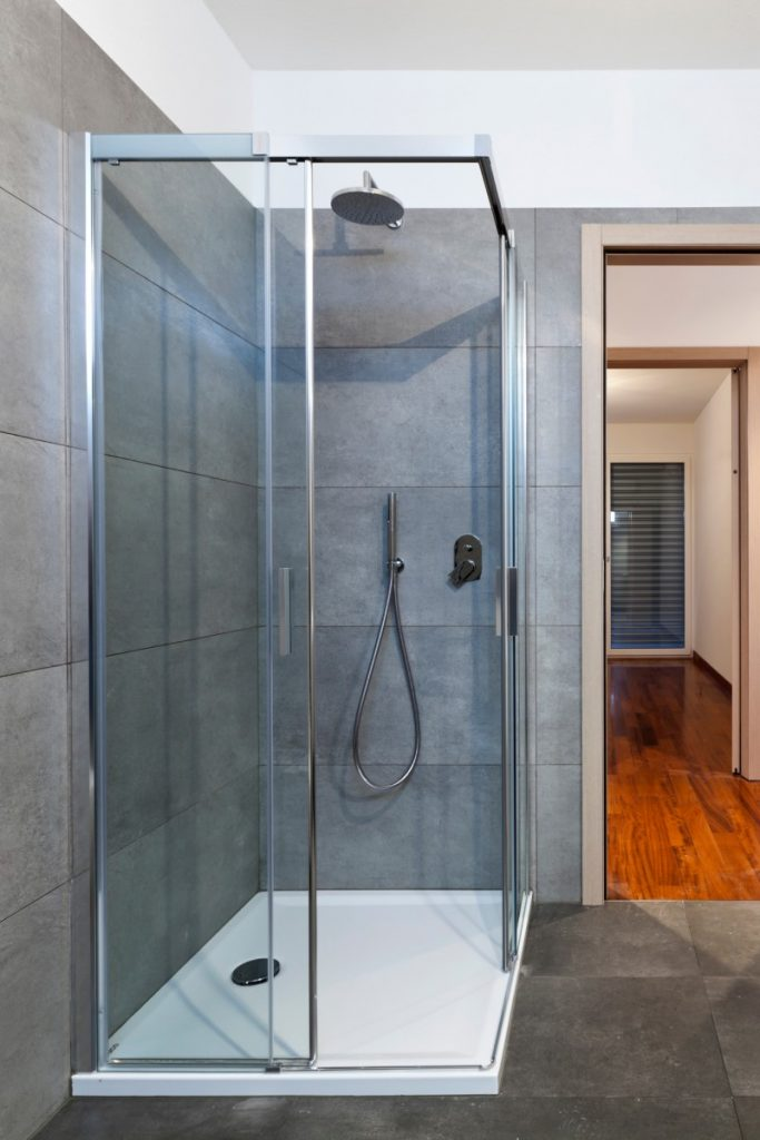 Picture of a framed shower screen